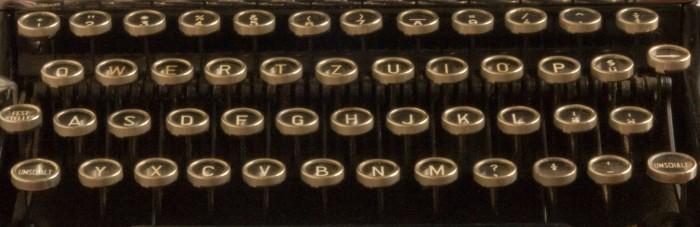 Erika_9_typewriter (4)